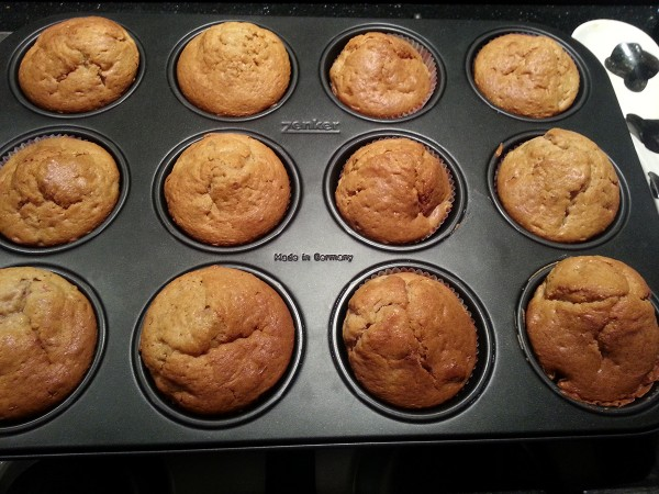 20140220_baked carrot muffins