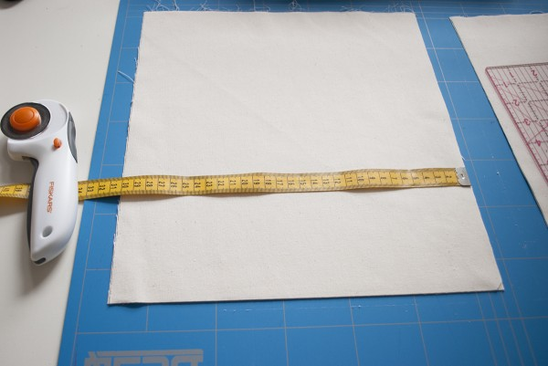 cut the lining fabric_0336
